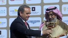 Trainer Andreas Wöhler bei der Siegerehrung für den Erfolg mit Noor Al Hawa im Qatar Derby. Foto: offiziell