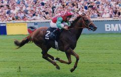 Belenus bei seinem Derbysieg 1999. Foto: www.galoppfoto.de