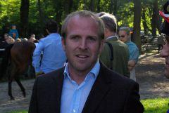 Besitzertrainer Markus München, früher in der Fußball-Bundesliga als Spieler aktiv. www.dequia.de