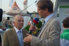 Wolfgang Figge (links) nach dem Night Magic-Sieg in Hamburg 2009 im Interview mit Daniel Delius. www.Dequia.de