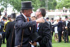 Der Siegertrainer Michael Bell (li.) und Aidan O'Brien, der Trainer des Zweitplatzierten. www.galoppfoto.de