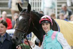 Cacique mit Christophe Soumillon 2004 in Longchamp. www.galoppfoto.de - Frank Sorge