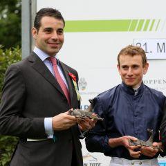 Marco Botti, der das Mehl-Mülhens Rennen nach 2011 mit Excelebration bereits zum zweiten Mal gewinnt und Ryan Moore (Foto: Dr. Jens Fuchs)