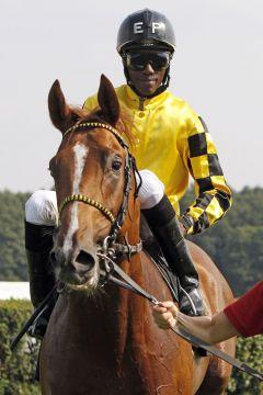 Jetzt auch auf der Siegerliste: Lexceed mit Eduardo Pedroza. www.galoppfoto.de - Sabine Brose