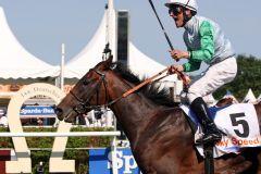 Lucky Speed mit Andrasch Starke gewinnt das IDEE 144. Deutsche Derby. www.galoppfoto.de - Sabine Brose