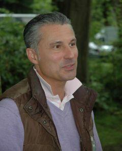 William Mongil auf der Düsseldorfer Rennbahn im Juni 2012. Foto: Gabriele Suhr