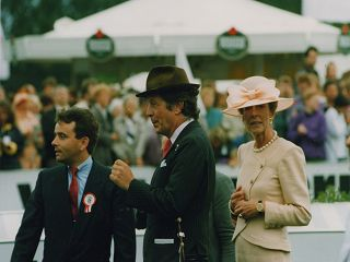 Besitzer der ersten Stunde, Albert und Edda Darboven, bei ihrem größten Erfolg – dem Derbysieg von Pik König 1992. Foto: www.galoppfoto.de