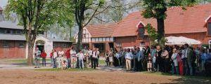 Die Trainingszentrale Wöhler im Gestüt Ravensberg bei der offiziellen Eröffnung am 06.05.2006